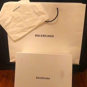 Jumbo Balenciaga box w/ shopping bag & dust bag